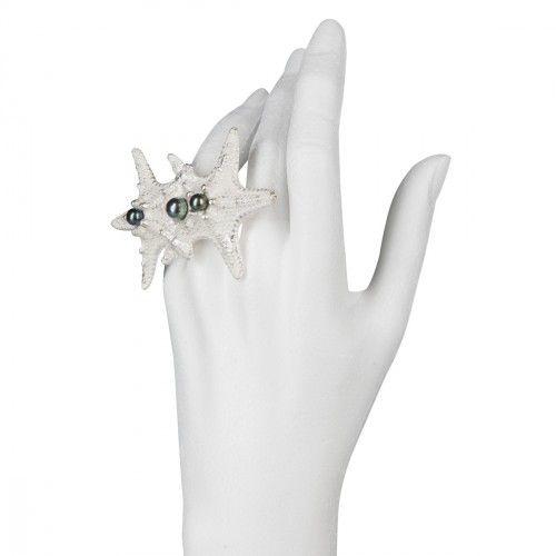 ANTIPEARLE Starfish pearl ring-silver -available at ARTĚL Stores