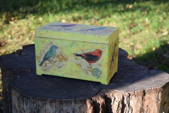 Birds Wood Box-Rustic wedding-Baby shower gift-wooden trinket keepsake-storage box-Bird-Kids-Girls-jewelry holder-shabby chic-ring boxes
