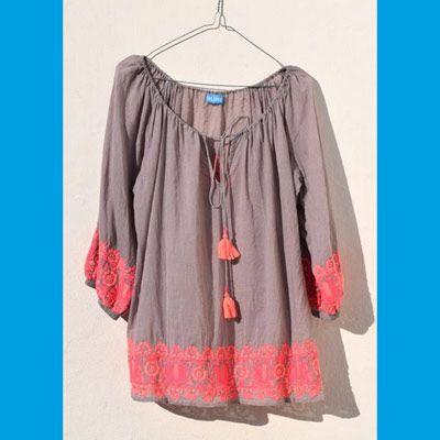 59,90EUR SLUIZ IBIZA Bluse taupe mit neonpinker Stickerei