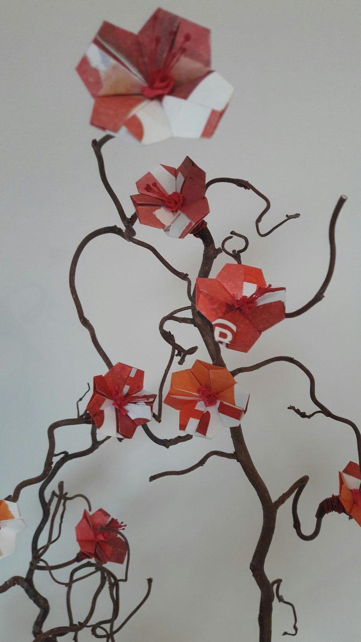1000 ideas about origami fleur on pinterest kusudama origami and reservation derniere minute - Origami fleur de lys ...