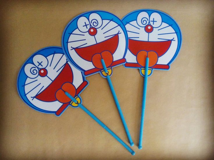 Kipas Gagang Doraemon diameter 17.5cm panjang gagang 24cm  harga Rp17.500  How to Buy: Ketik nama barang - nama lengkap - alamat lengkap - no hp  Kirim ke: BBM 5BB820D7 Line @rqa4794f  #kipasdoraemon #kipasdoraemonbulat #tokodoraemon #tokodoraemonbandung #pernakpernikdoraemonbandung #jualdoraemon