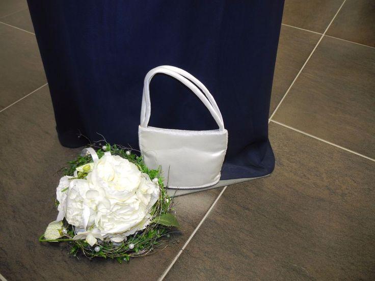 Great Braut Tasche Brautt schchen Satin creme ivory champagner Ausstellungsst ck