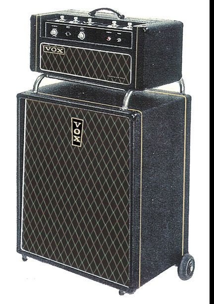 The VOX Showroom - The Vox Foundation Solid State Bass Amp