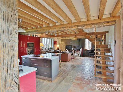 Grande pièce à vivre de la propriété à vendre avec 3 maisons à vendre avec 2 gîtes et grande maison principale à Livarot dans le Calvados