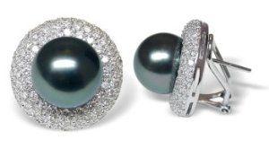 18K white gold Bernette Black Tahitian cultured pearl and diamond earring