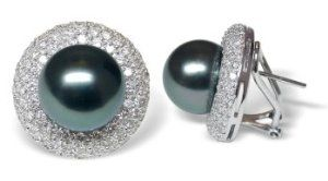 18K white gold Bernette Black Tahitian cultured pearl and diamond earring