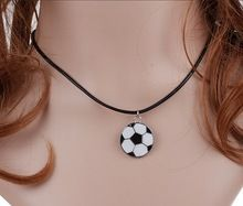 De Plata de la vendimia del Esmalte del Goteo Collar De Fútbol Encantos Declaración Colgantes Collar de Gargantilla de Joyería de Las Mujeres de Cuero Negro DIY CALIENTE A197(China (Mainland))