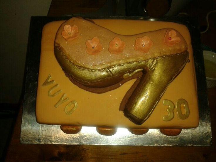 Stilleto birthday cake