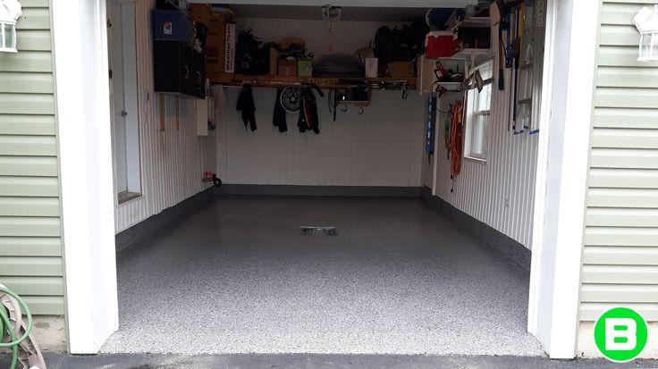 Superbe plancher de garage fait par Béton Surface! #plancherdegarage #garage #polyureaavecflocon