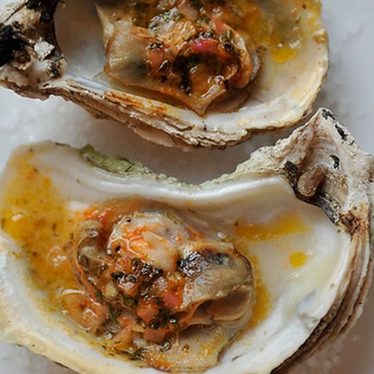 Grilled (or Broiled) Oysters with a Sriracha Lime Butter recipe on Food52