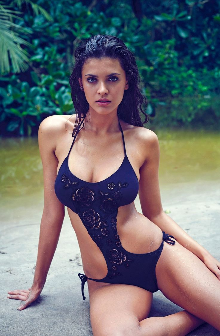 Thais Oliveira - Pain de Sucre Swimwear Collection 2015