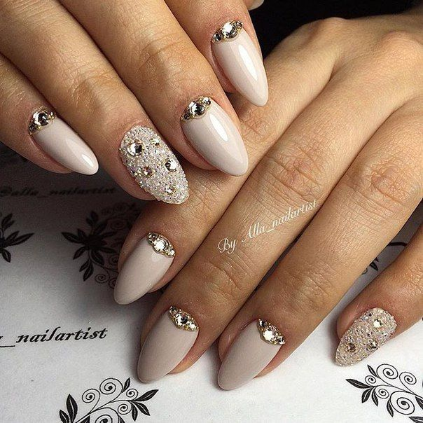 Almond-shaped nails, Angelina Jolie nails, Beige gel polish, Beige nails with rhinestones, Celebrity nails, Evening nails, Great nails, Half moonnails with rhinestones