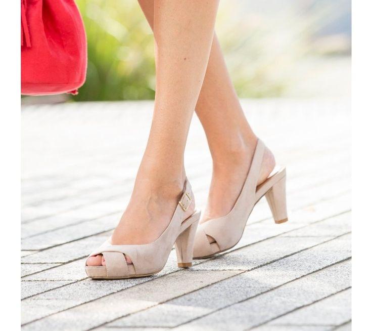Sandály v semišovém vzhledu na klínku | blancheporte.cz #blancheporte #blancheporteCZ #blancheporte_cz #sandals