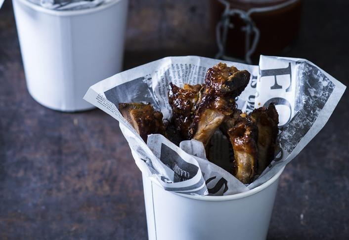 Ribsit ja chipotleinkivääri-berbequekastike | Koti ja keittiö