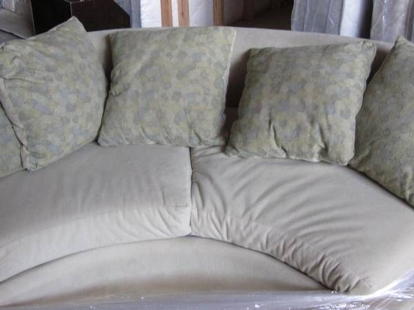 Semicircle Couch