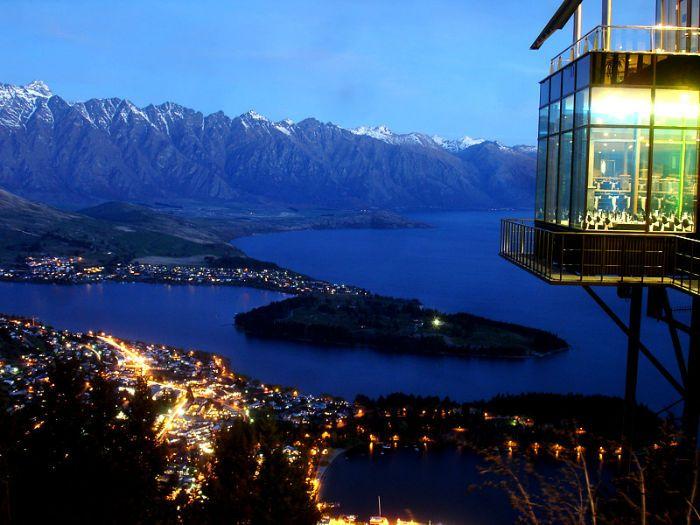 35 Most Amazing Restaurants With A View / Skyline Restaurant in Queenstown, New Zealand