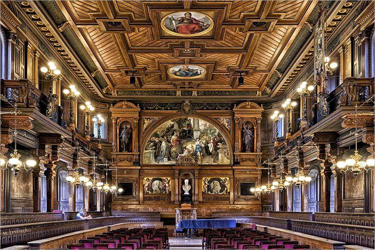 Die Alte Aula befindet sich im historischen Gebäude der Alten Universität. Sie ist der Haupt-Repräsentationsraum der Universität Heidelberg. Wie das g...
