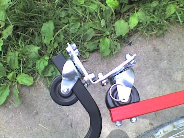Picture of Building a strong flexible bicycle trailer coupler.