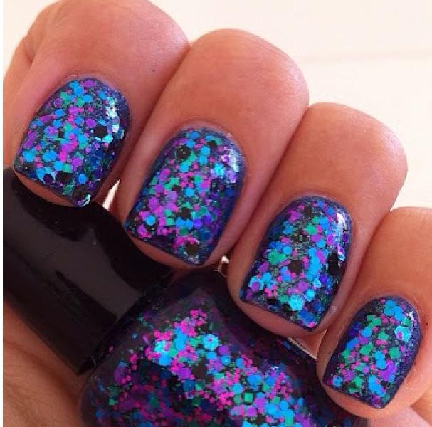 purple and blue glitter nalis