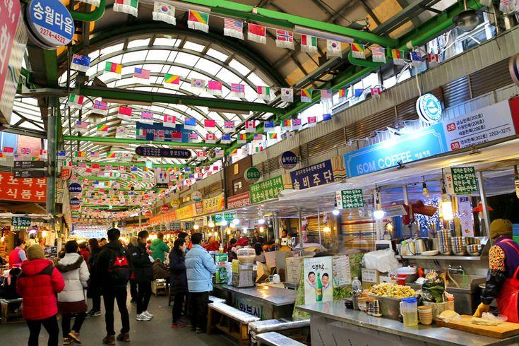 Gwangjang Market 광장시장 - For Korean Street Food From Pancakes, Kimbap To Live Octopus - DanielFoodDiary.com