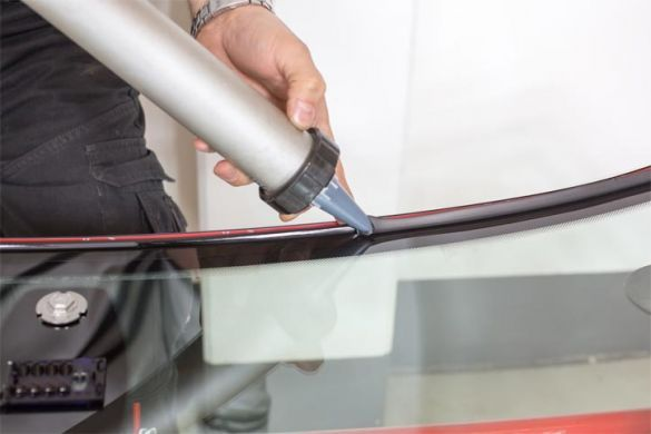 When to Repair Your Car's Windscreen? #Windscreen Repair #Windscreens Replacement