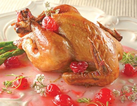 Pollo rostizado glaseado con arándano