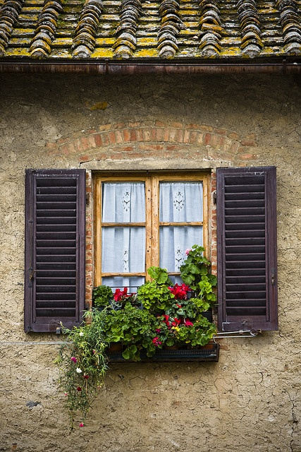 Tuscan - Window with shutters