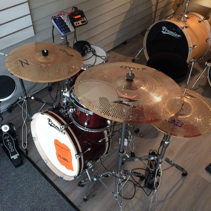 Vi är ett av få ställen som säljer Zildjian Gen-16 & hos oss kan du även provspela dom! :-) Glöm inte att kolla in www.slagverkskompaniet.se #trummor #trommer #rummut #drums #slagverkskompaniet #forshaga #forshagarocks