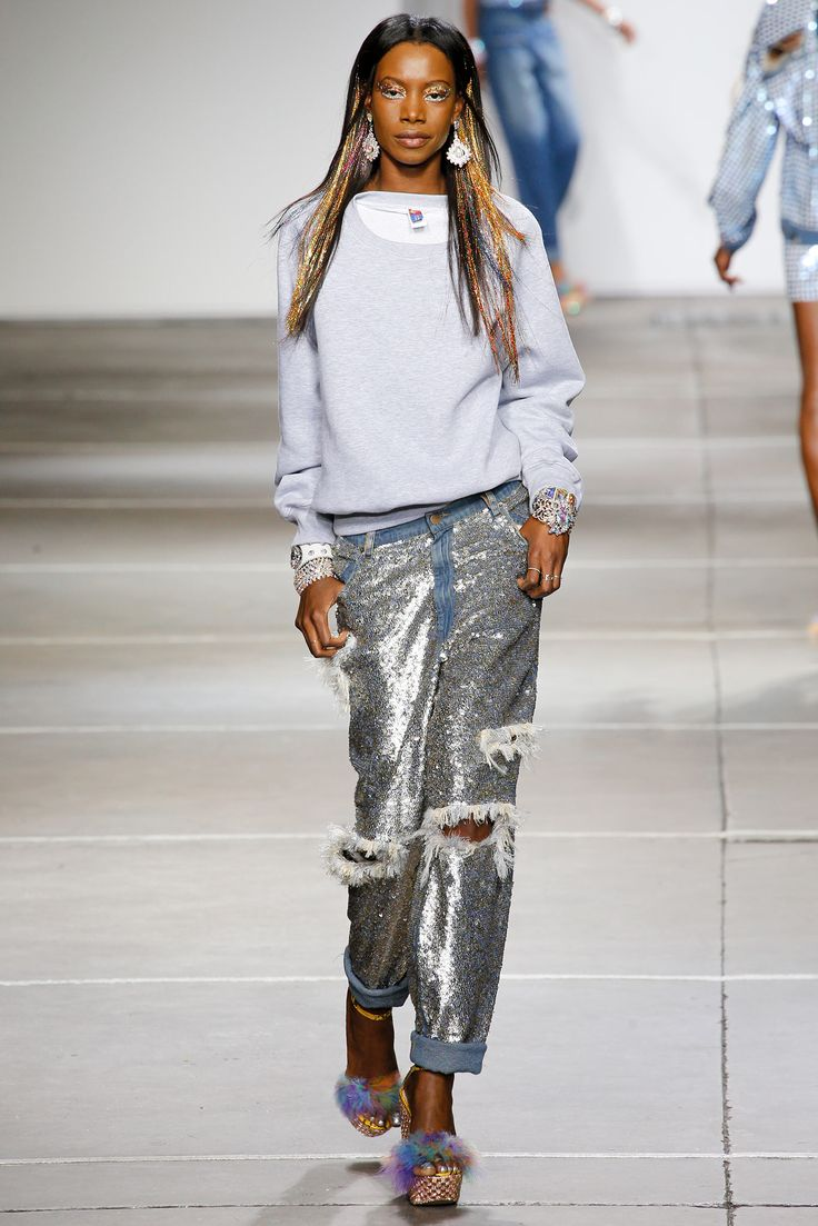 Ashish Spring 2015 Ready-to-Wear - Collection - Gallery - Look 1 - Style.com