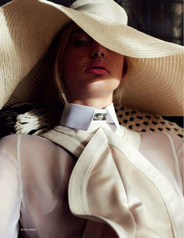 Patricia van der Vliet & Josephine Skriver by Benny Horne (Beauty & Sadness - Vogue Russia June 2012 (3)