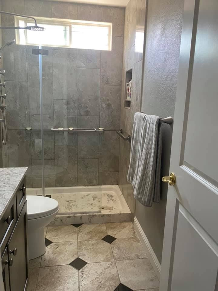 Create A Spacious And Light Filled Shower With The Dreamline Aqua Ultra Shower Door In 2020 Shower Door Designs Shower Doors Dreamline Shower Door