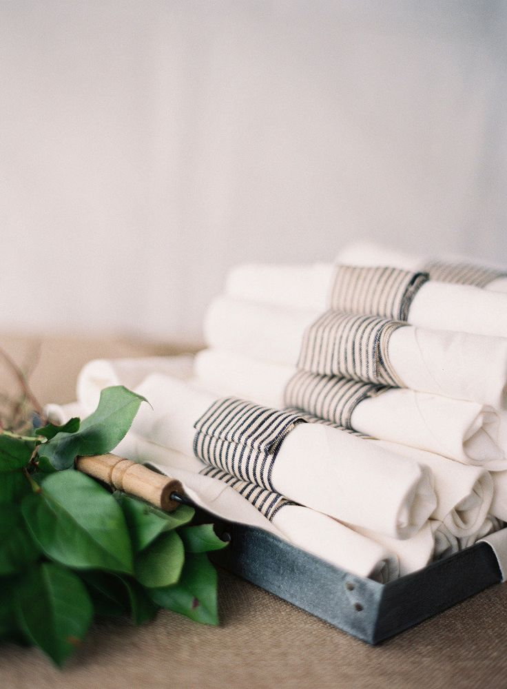 Wrapped napkins: http://www.stylemepretty.com/living/2014/11/14/30-ideas-to-dress-up-your-thanksgiving-table/