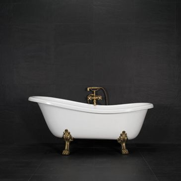 Klassisk badekar med løveføtter i gull. #royal #badekar Bad som dronningen. http://handlebad.no/badekar-massasjekar/lovefotter/victoria-157