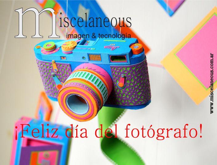 El 21 de septiembre, se celebra el Día del Fotógrafo, y cabe aclarar que no es una fecha internacional, sino que es para la mayoría de los países Latinoamericanos. Aparentemente el día 21 de Septiembre, está relacionado con la fecha donde fue realizado el primer daguerrotipo en América Latina., (que fue el invento precursor de la fotografía moderna)