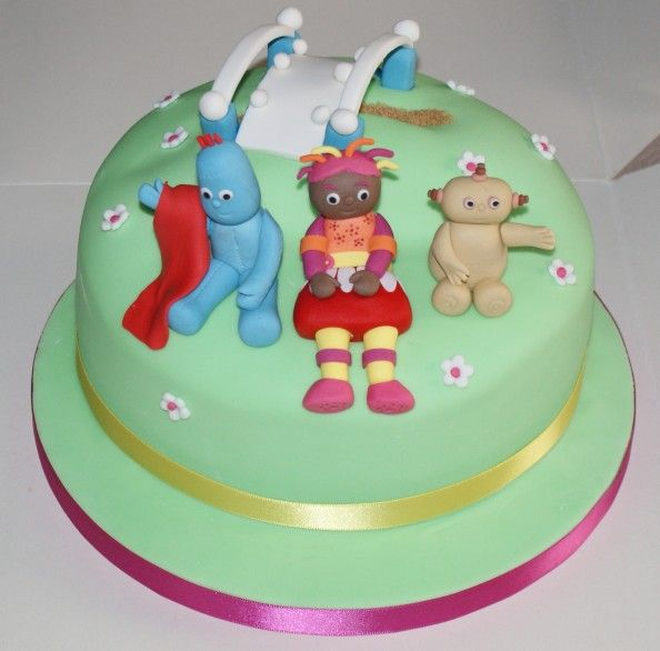 29 best images about erik 39 s first birthday ideas on for In the night garden cakes designs