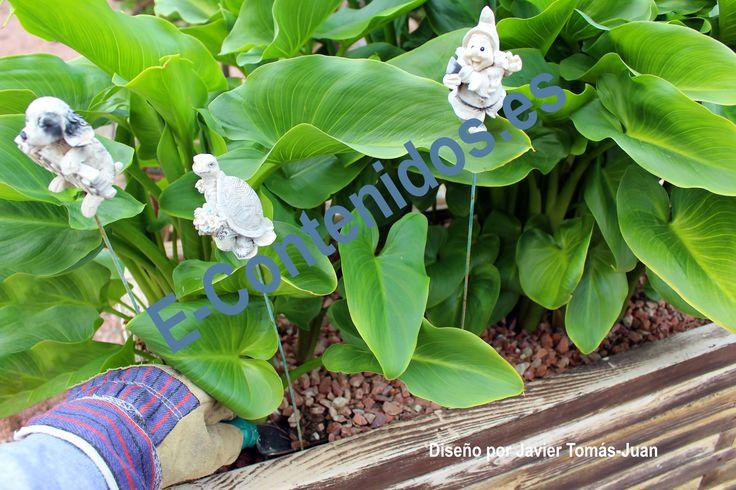 Informa sobre las herramientas de jardinería mediante marketing de contenidos.