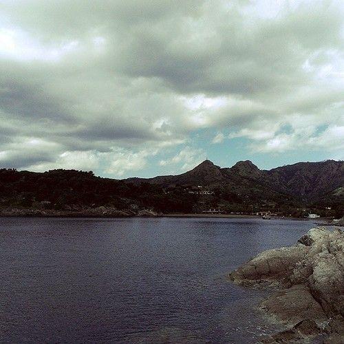 Isola d'Elba - Punta di Barbarossa #pesca #mare #fishing #sea #elba #portoazzurro http://ift.tt/1ryEiOB