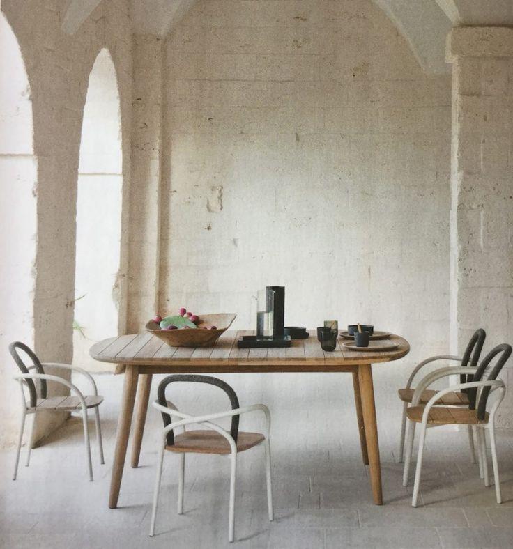 Ambiance déco bois et blanc à la salle à manger