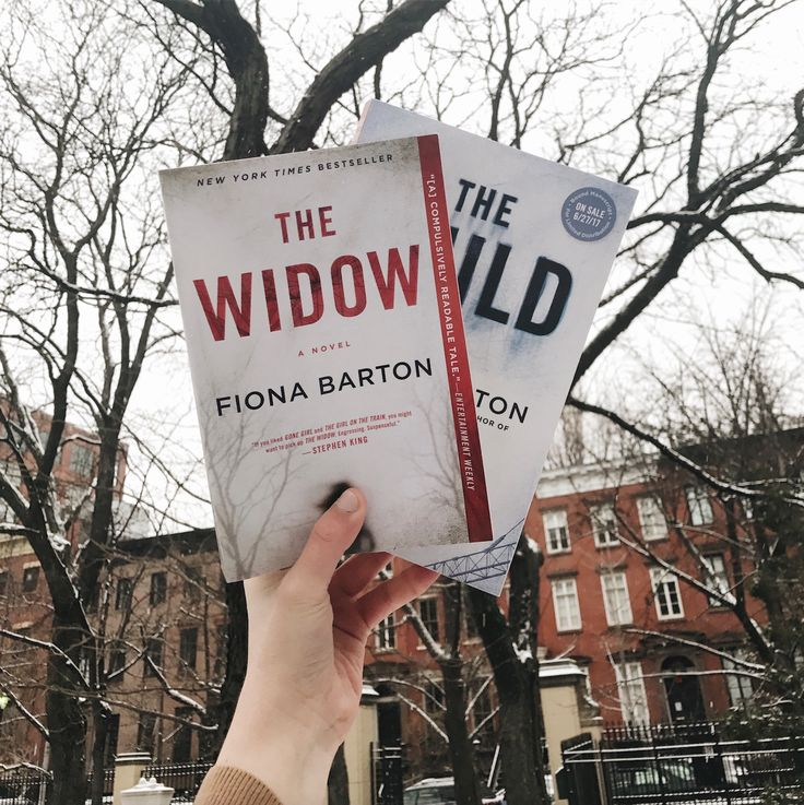 Enter for a chance to win SIGNED copies of Fiona Barton's THE WIDOW & THE CHILD! http://bit.ly/2ku8Nwk