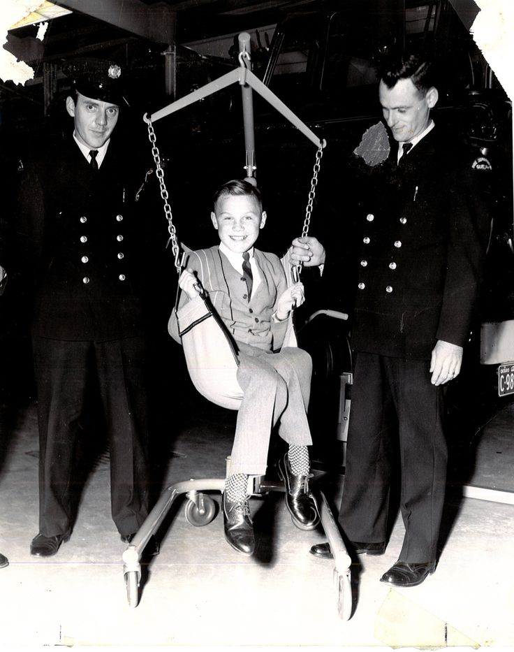 Brian Burton is presented with his Hoyer Lifter by members of the Guelph PFFA, Don Raegele (L) and Ken Thompson (R) - 1967
