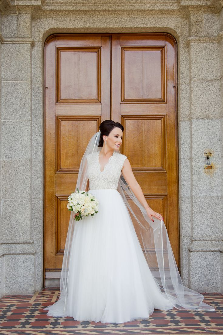 Niamh in her unique Daalarna pearl and tulle dress.