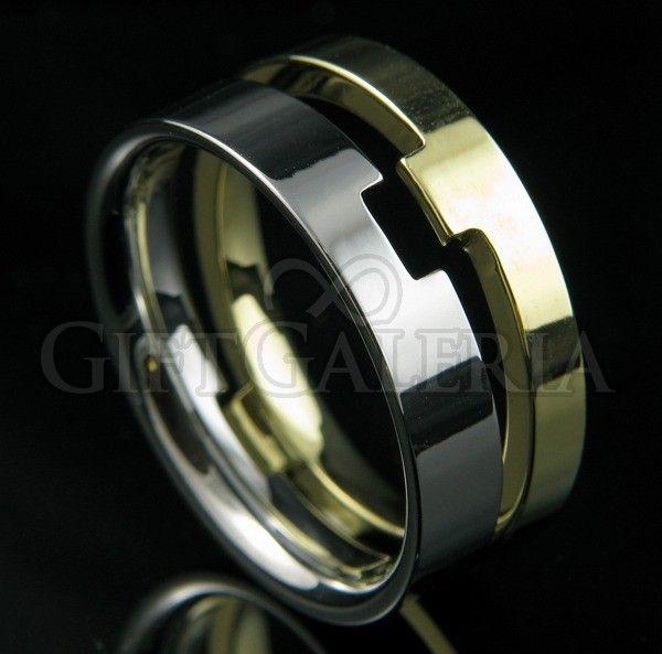 Anel separável em tungstênio com espessura total de 8mm e dois tons em prata e ouro, aros de tamanhos iguais representando as lendárias duas torres da história do Senhor dos Anéis, Minas Morgul e Minas Tirith.