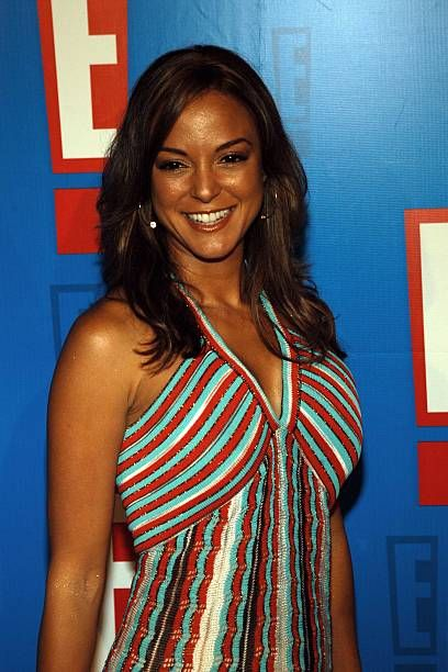 eva-larue-in-thongs-hood-threesome-clip