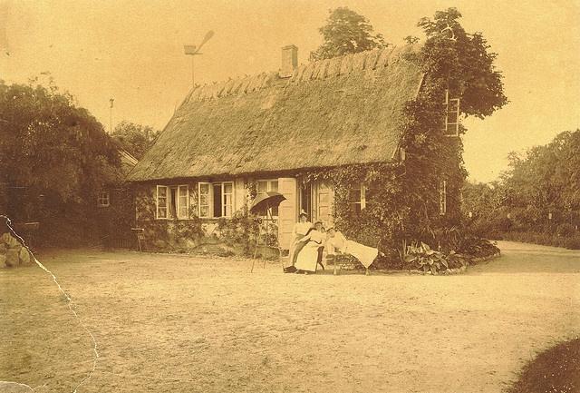 Det gamle hus i Forstbotanisk Have, Arboretet by Gentofte Billeder, via Flickr