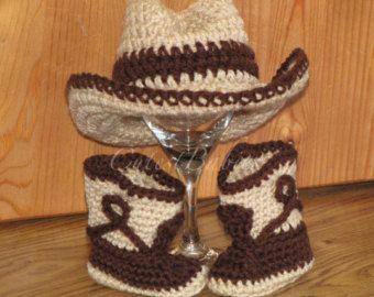 Doble bebé ganchillo sombrero de traje vaquero y botas fotos