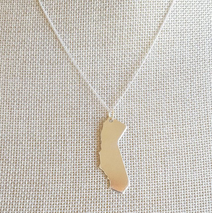 State Charm Necklace, California Necklace, California Girl, California Jewelry, America Necklace, Map Gifts, Map Necklace