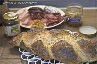 Honig-  Mohn- Brot und beste Auswahl an italienischen Wurst- und Schinkensorten sowie eingelegtem Gemüse. www.sanluigi.de #brot #mohnbrot honigbrot #honigmohnbrot #brotbacken #backen #italienisch #wurst #schinken #gemüse #hefe #zopf #einfach