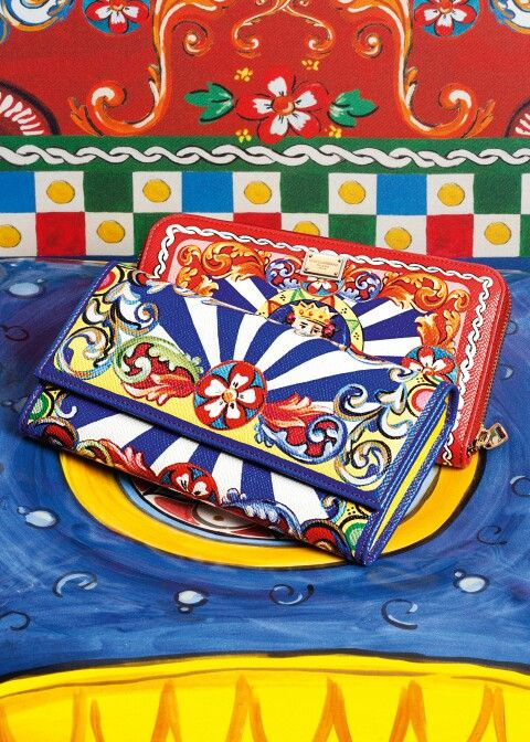 Dolce & Gabbana Summer 2016 Fashion and Colorful Wallets inside the 'Sicilian Carretto' Women Collection.