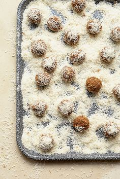 Bliss Balls - recipe from 'Clean and for Lean Life'  by James Duigan