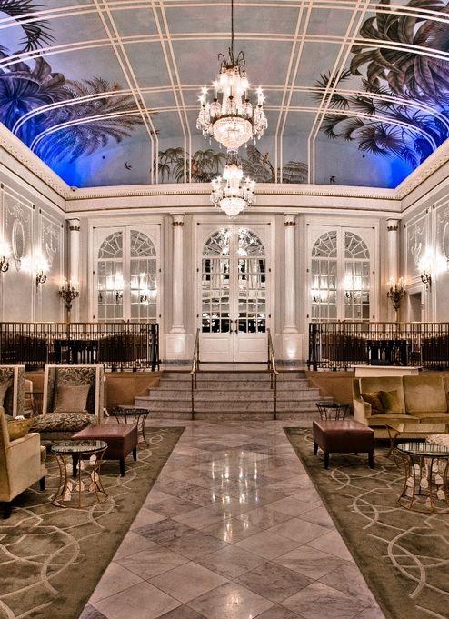 Ritz Carlton #Montreal http://www.tourisme-montreal.org/Downtown-Montreal-Hotels/Ritz-Carlton-Montreal